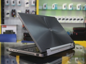 HP Workstastion 8760W-Quard Core I7 8G SSD128G 500G Cạc rời 3000M